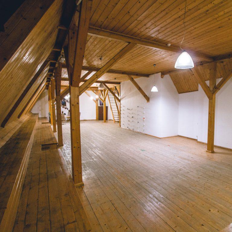 Salė 2 Vilniaus g. 7